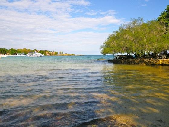 Transparent waters of Ko Samet beaches